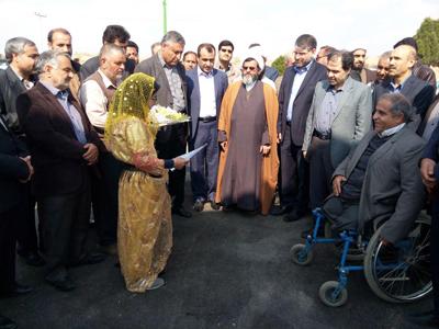 کلنگ احداث مرکز خدمات جامع سلامت شبانه روزی ابوزیدآباد به زمین زده شد