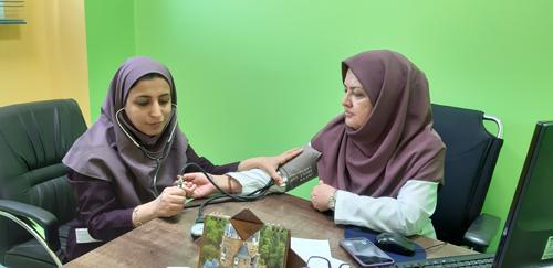 ایستگاه فشار خون در بیمارستان ها