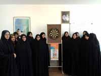 مسابقه دارت بین داوطلبین سلامت روستای یزدل برگزار شد
